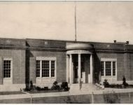 7.  Bay Shore Post Office